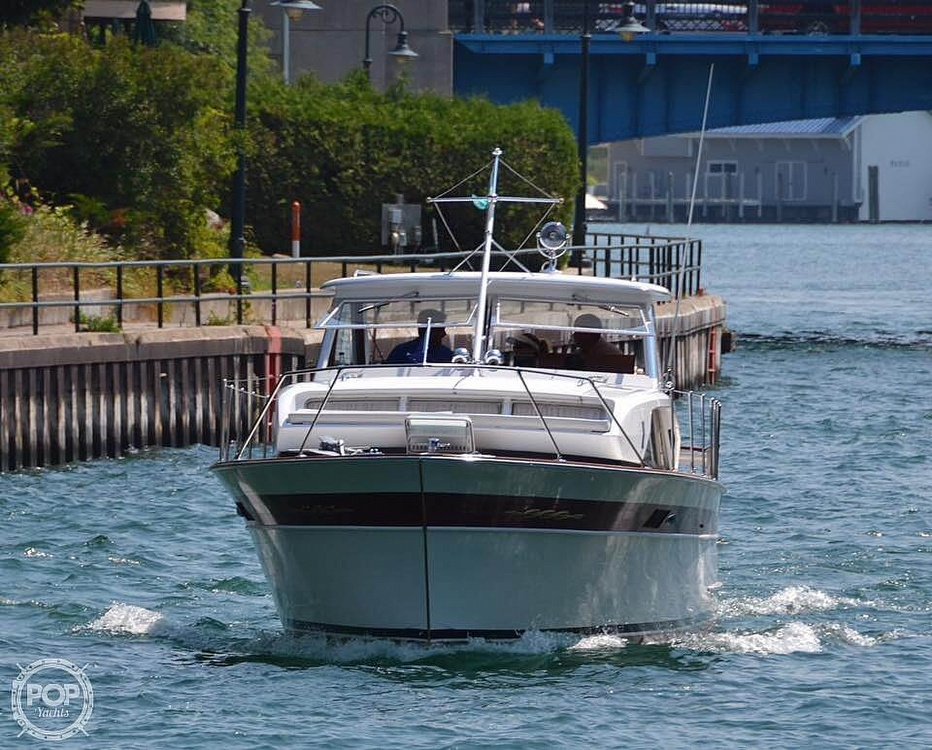 1966 Chris Craft boat for sale, model of the boat is 37 Constellation & Image # 11 of 40