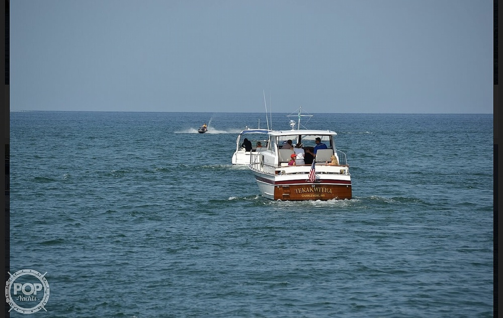 1966 Chris Craft boat for sale, model of the boat is 37 Constellation & Image # 22 of 40