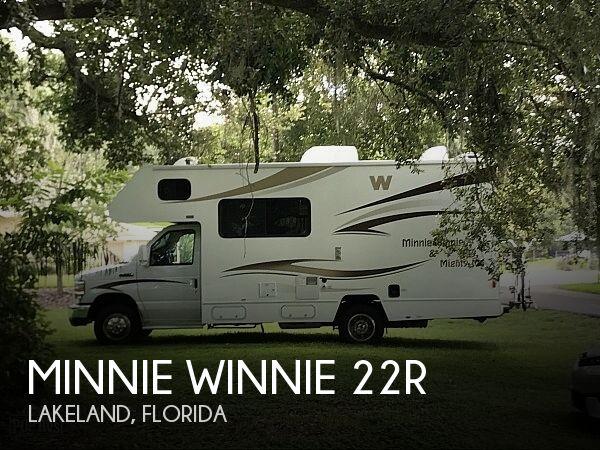 2015 Winnebago Minnie Winnie Minnie Winnie 22R