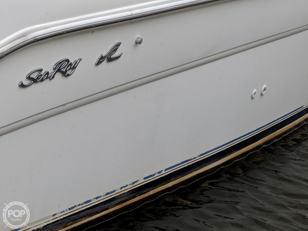 1998 Sea Ray boat for sale, model of the boat is 270 Sundancer & Image # 18 of 40