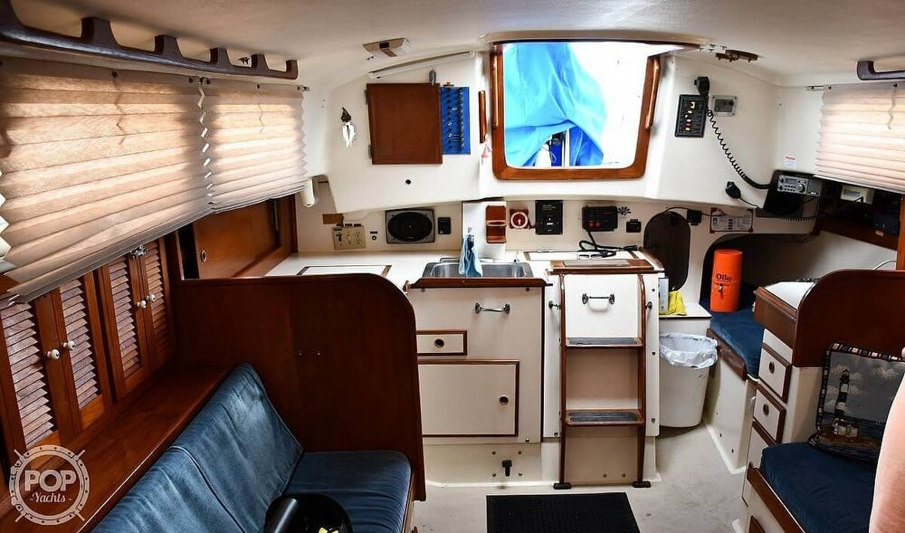 1976 Pearson boat for sale, model of the boat is 39 & Image # 7 of 40