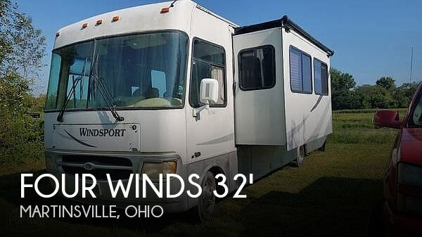 2002 Thor Motor Coach Four Winds Windsport 33SL