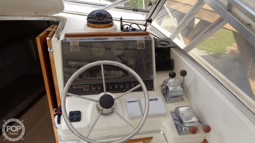 1987 Blackfin boat for sale, model of the boat is 27 & Image # 10 of 40