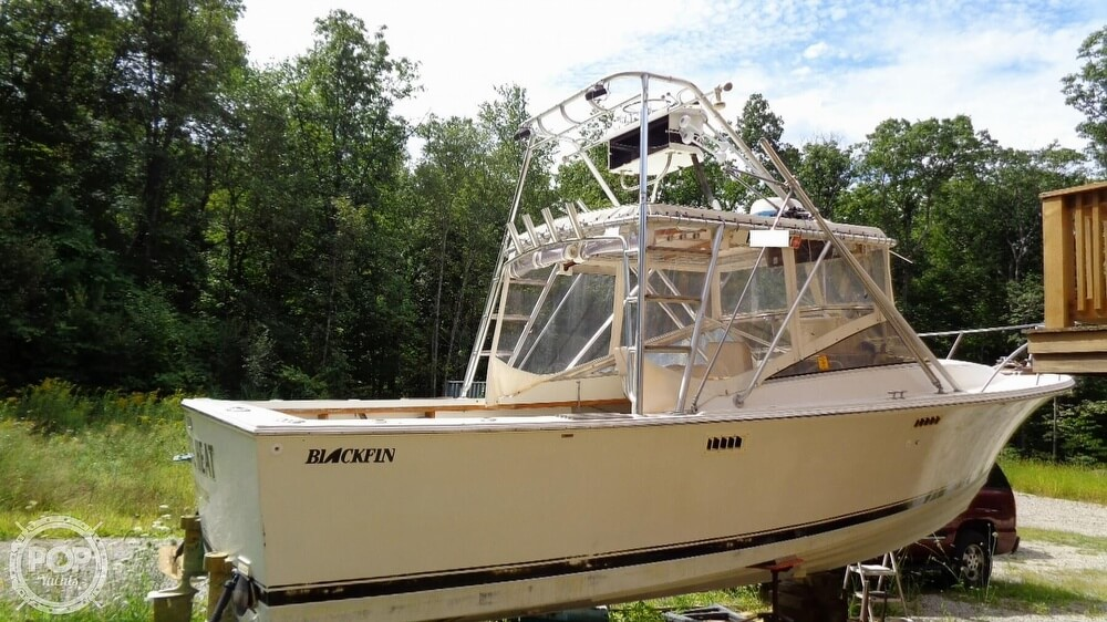 1987 Blackfin boat for sale, model of the boat is 27 & Image # 33 of 40