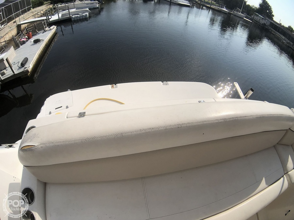 2006 Rinker boat for sale, model of the boat is 342 Cruiser & Image # 31 of 40