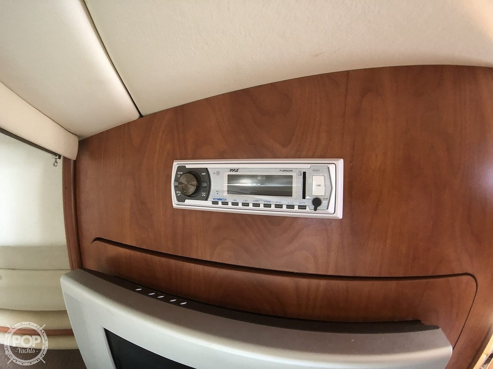 2006 Rinker boat for sale, model of the boat is 342 Cruiser & Image # 26 of 40
