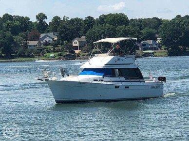 Bayliner 3270 Motoryacht, 31', for sale - $34,500