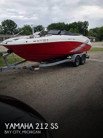 Used Yamaha Boats For Sale in Michigan by owner   2008 Yamaha 21