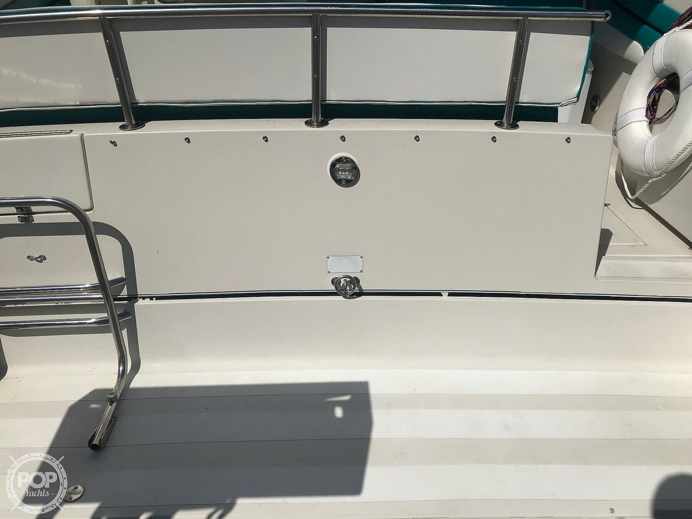 1989 Wellcraft boat for sale, model of the boat is Monaco 3000 & Image # 22 of 40