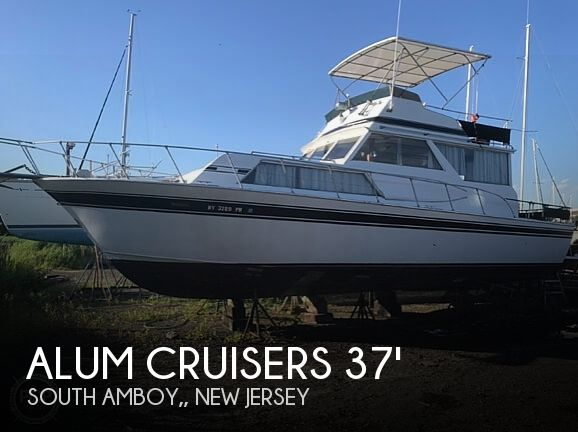 Used Aluminum Cruisers Boats For Sale by owner | 1981 37 foot Aluminum Cruisers Marinette Flybridge Sedan