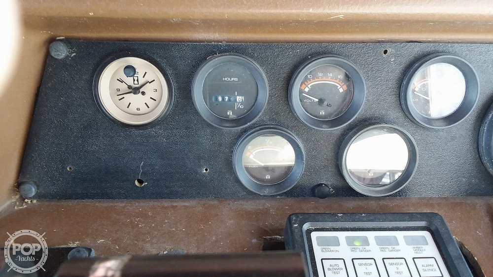 1980 Sea Ray boat for sale, model of the boat is SR310 Vanguard & Image # 13 of 41