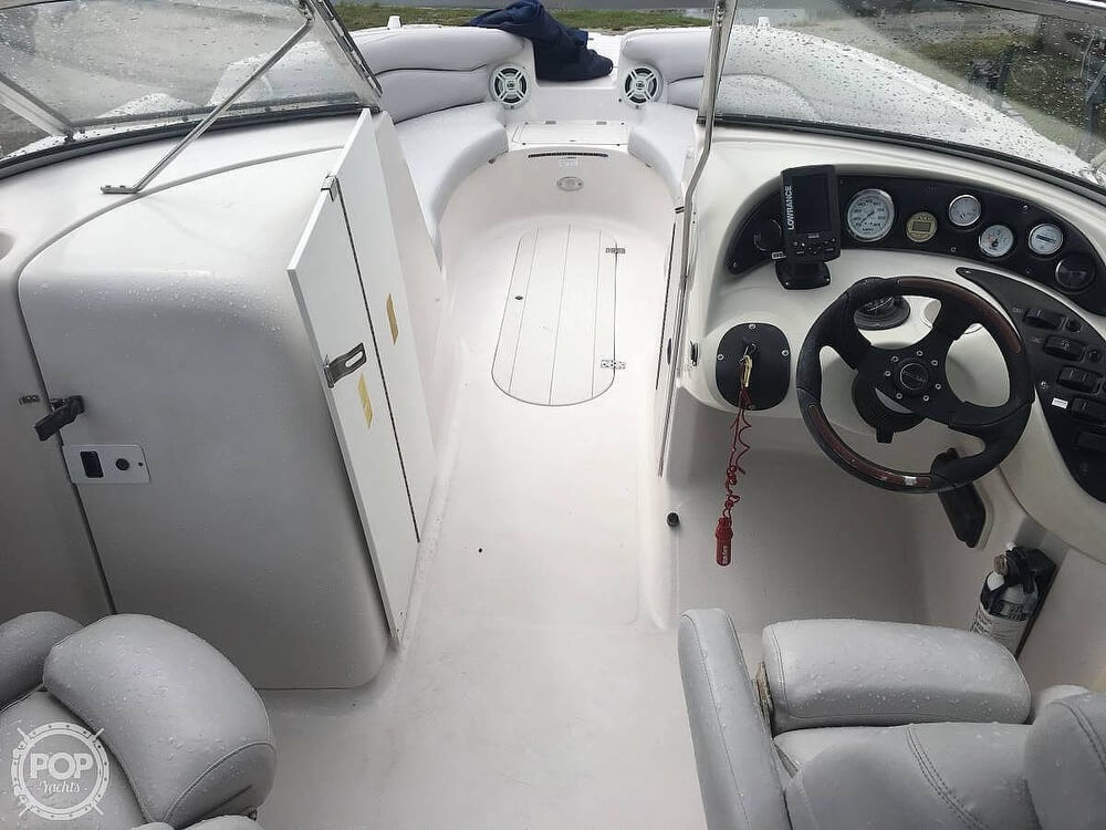 2004 Smoker Craft boat for sale, model of the boat is Vectra 241 DB & Image # 10 of 40