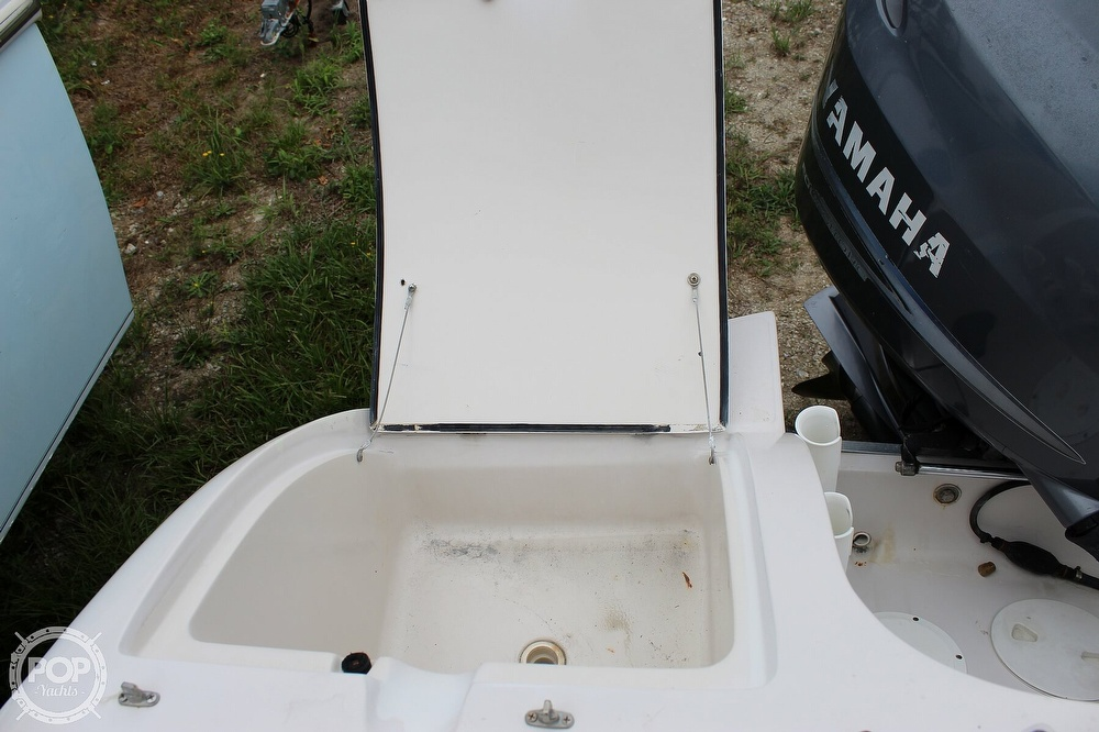 2004 Smoker Craft boat for sale, model of the boat is Vectra 241 DB & Image # 34 of 40