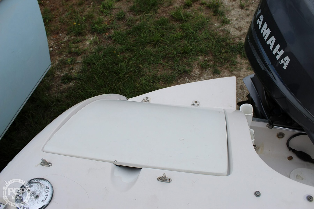2004 Smoker Craft boat for sale, model of the boat is Vectra 241 DB & Image # 35 of 40