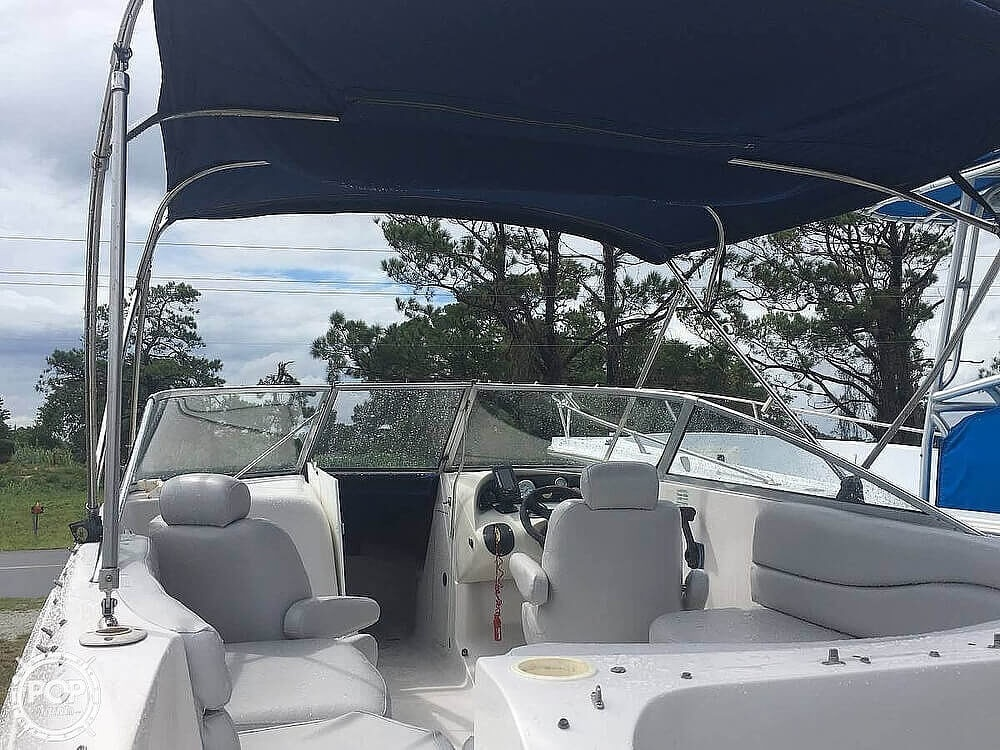 2004 Smoker Craft boat for sale, model of the boat is Vectra 241 DB & Image # 5 of 40
