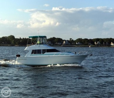 Mainship 35 Convertible, 34', for sale - $31,200