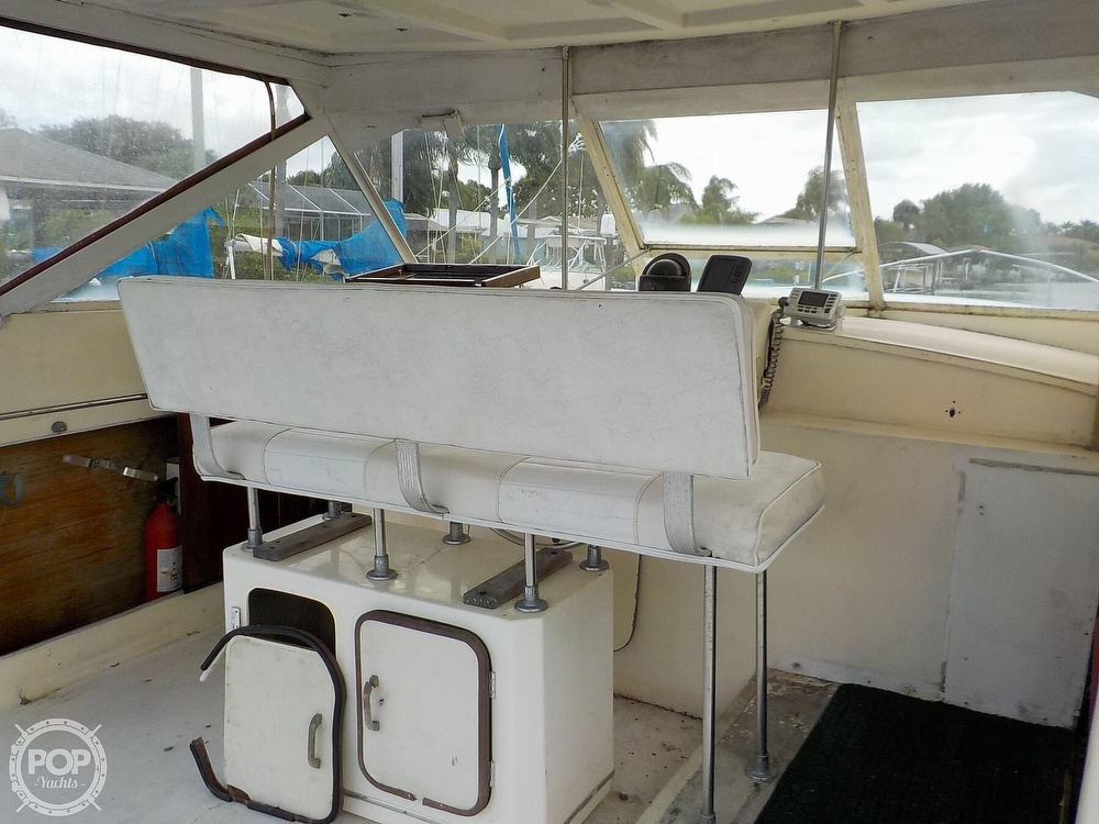 1968 Avenger boat for sale, model of the boat is 39 & Image # 12 of 40