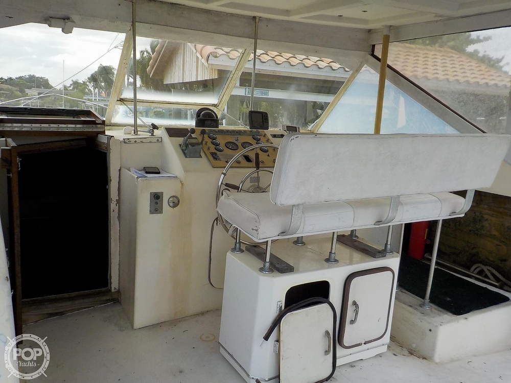 1968 Avenger boat for sale, model of the boat is 39 & Image # 14 of 40
