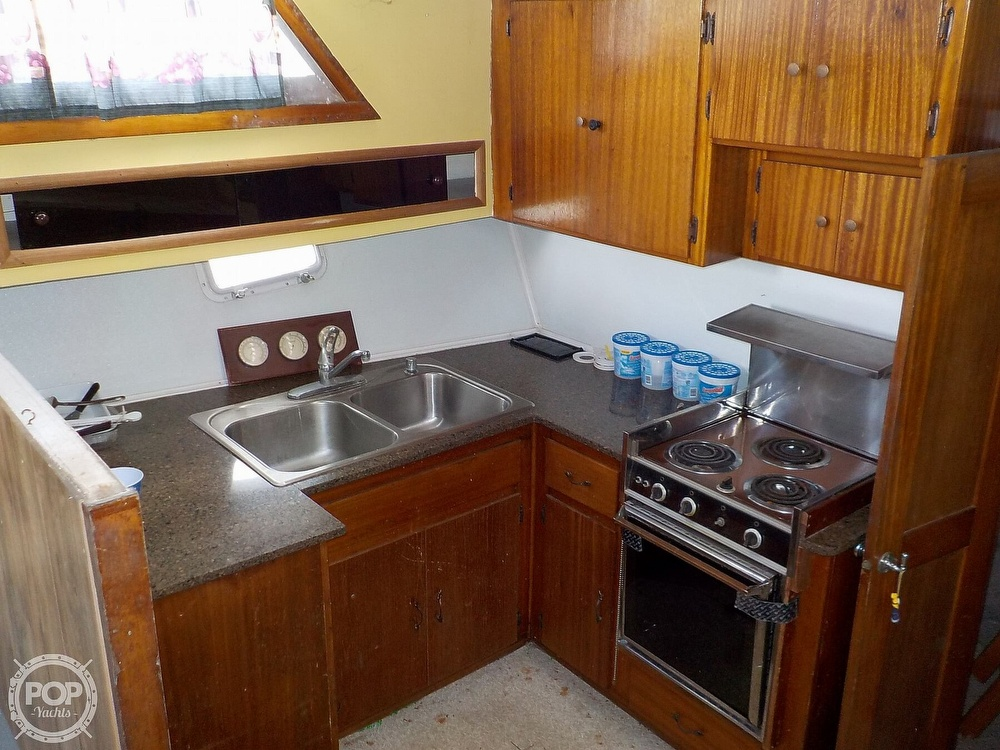 1968 Avenger boat for sale, model of the boat is 39 & Image # 19 of 40