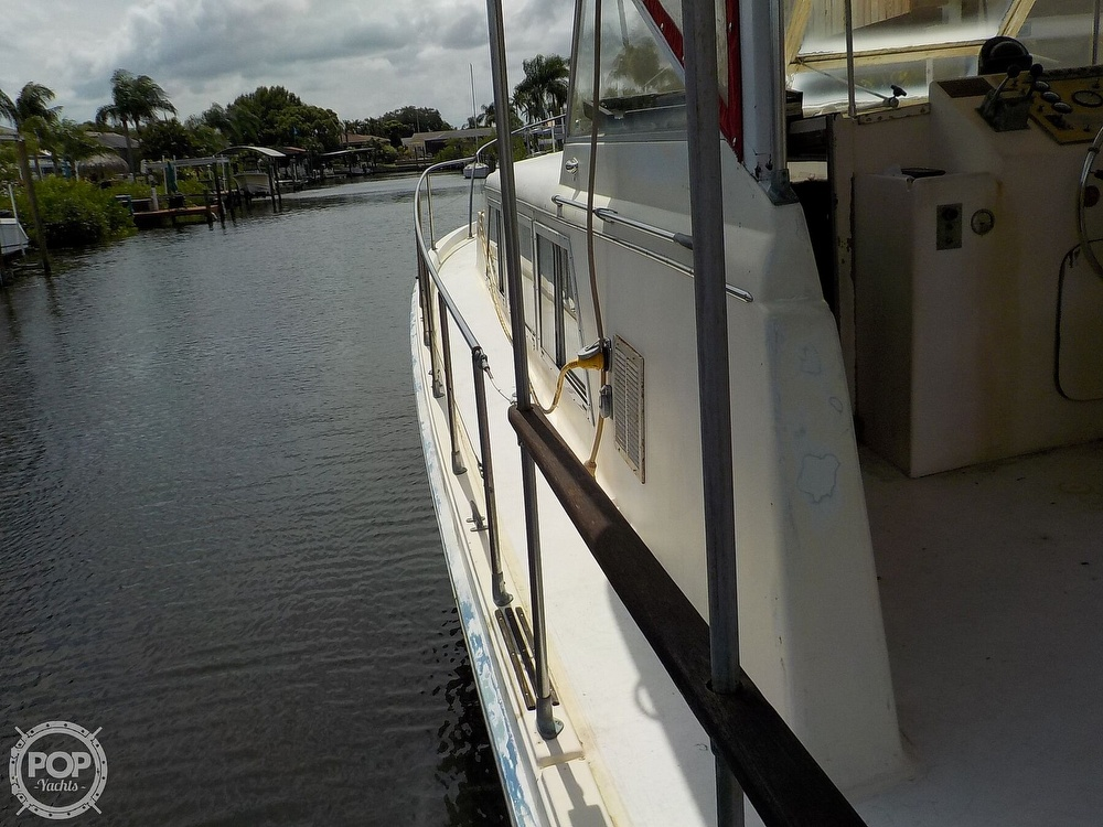 1968 Avenger boat for sale, model of the boat is 39 & Image # 28 of 40