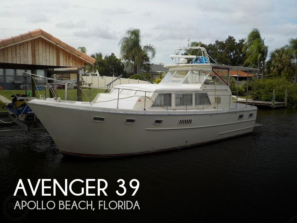1968 Avenger boat for sale, model of the boat is 39 & Image # 1 of 40