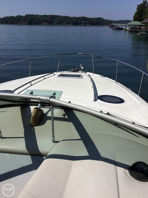 2003 Sea Ray boat for sale, model of the boat is 320 Sundancer & Image # 24 of 32