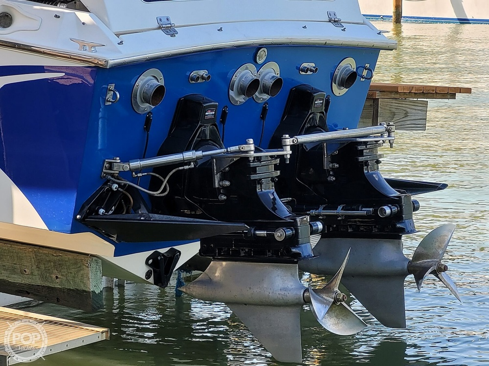 1996 Cigarette boat for sale, model of the boat is Top Gun & Image # 11 of 40