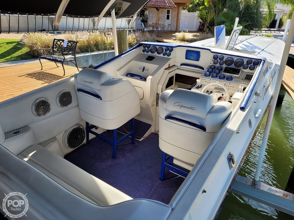 1996 Cigarette boat for sale, model of the boat is Top Gun & Image # 34 of 40