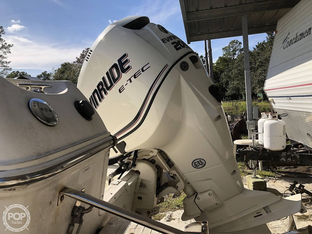 2002 Wellcraft boat for sale, model of the boat is 24 Walkaround & Image # 33 of 40
