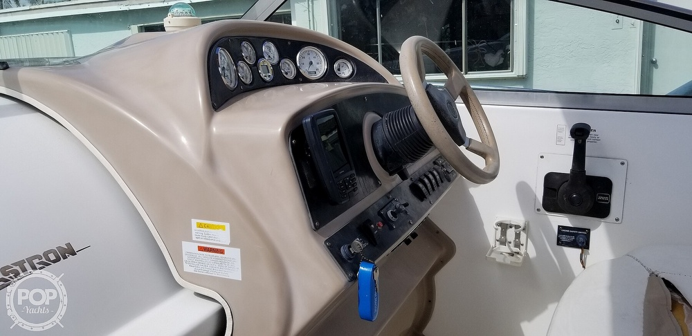 2002 Glastron boat for sale, model of the boat is GS 279 & Image # 5 of 40