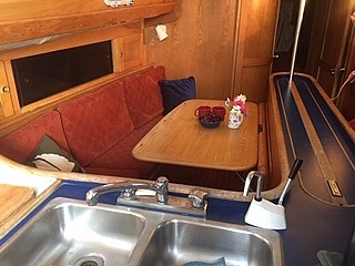 1981 Freedom Yachts boat for sale, model of the boat is Cat-Ketch 33 & Image # 8 of 17