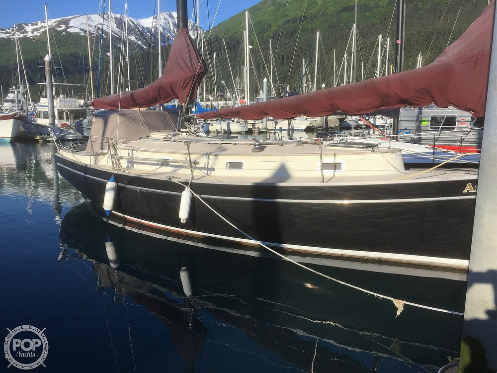 1981 Freedom Yachts boat for sale, model of the boat is Cat-Ketch 33 & Image # 14 of 17
