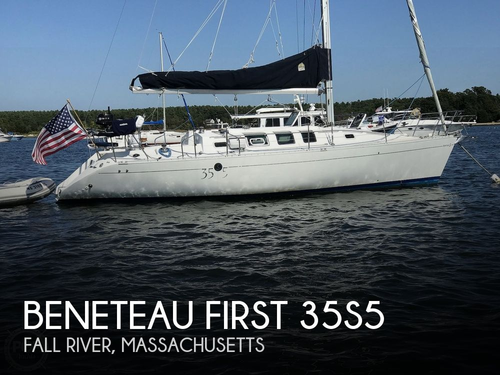 1989 Beneteau boat for sale, model of the boat is First 35s5 & Image # 1 of 40