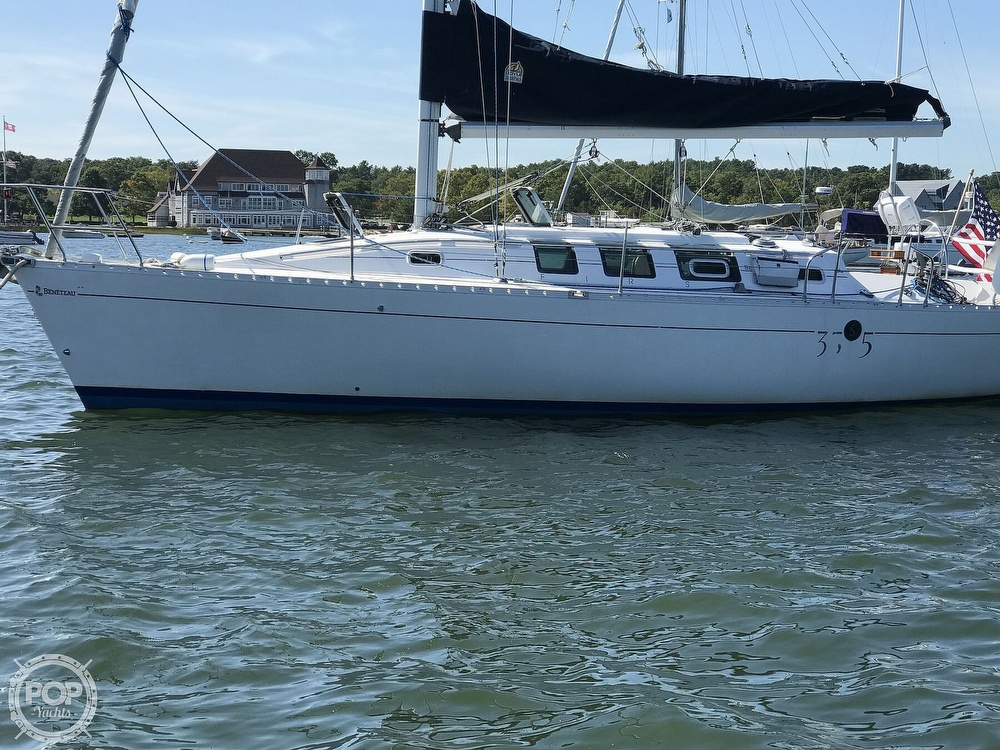 1989 Beneteau boat for sale, model of the boat is First 35s5 & Image # 9 of 40