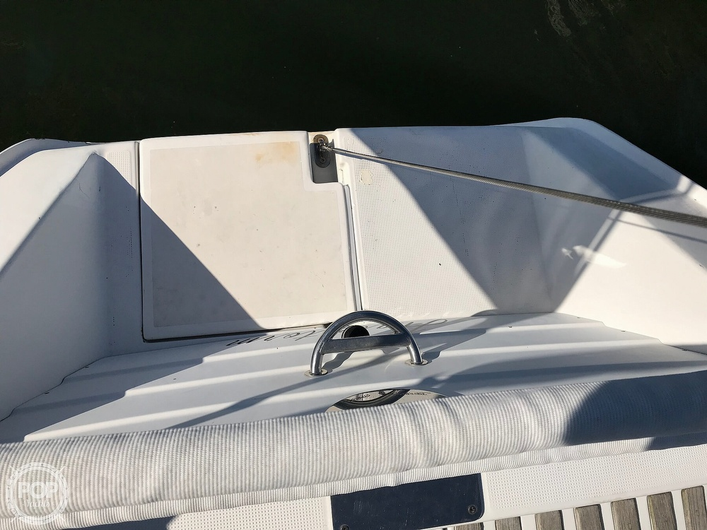 1989 Beneteau boat for sale, model of the boat is First 35s5 & Image # 16 of 40