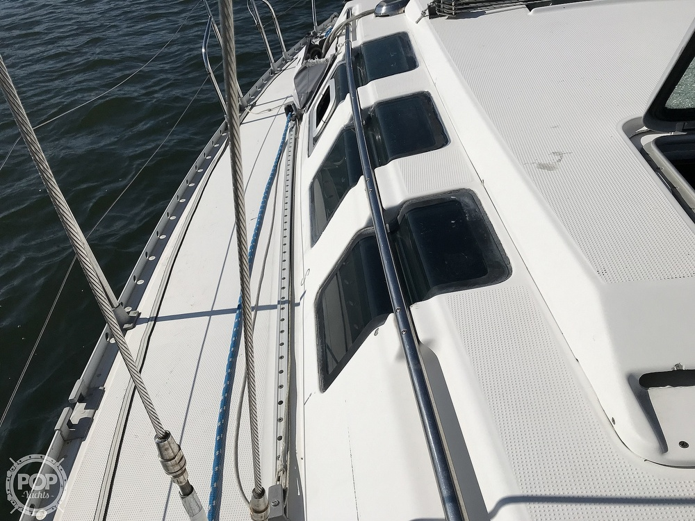 1989 Beneteau boat for sale, model of the boat is First 35s5 & Image # 39 of 40