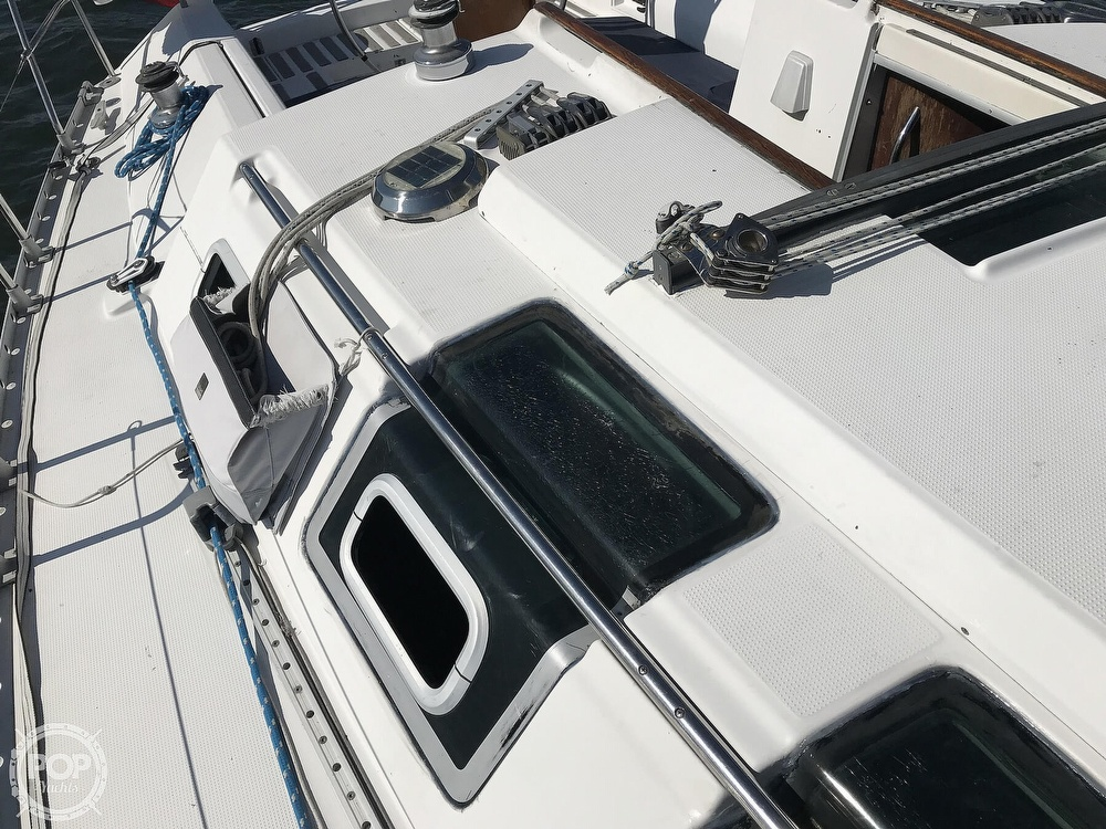1989 Beneteau boat for sale, model of the boat is First 35s5 & Image # 40 of 40