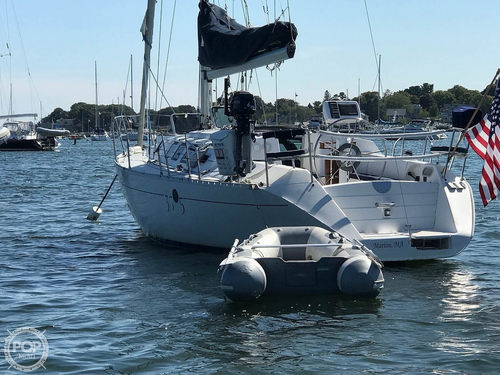 1989 Beneteau boat for sale, model of the boat is First 35s5 & Image # 3 of 40