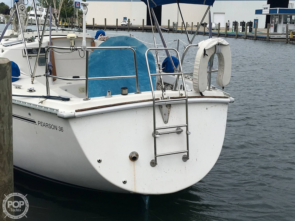 1986 Pearson boat for sale, model of the boat is 36-2 & Image # 15 of 40