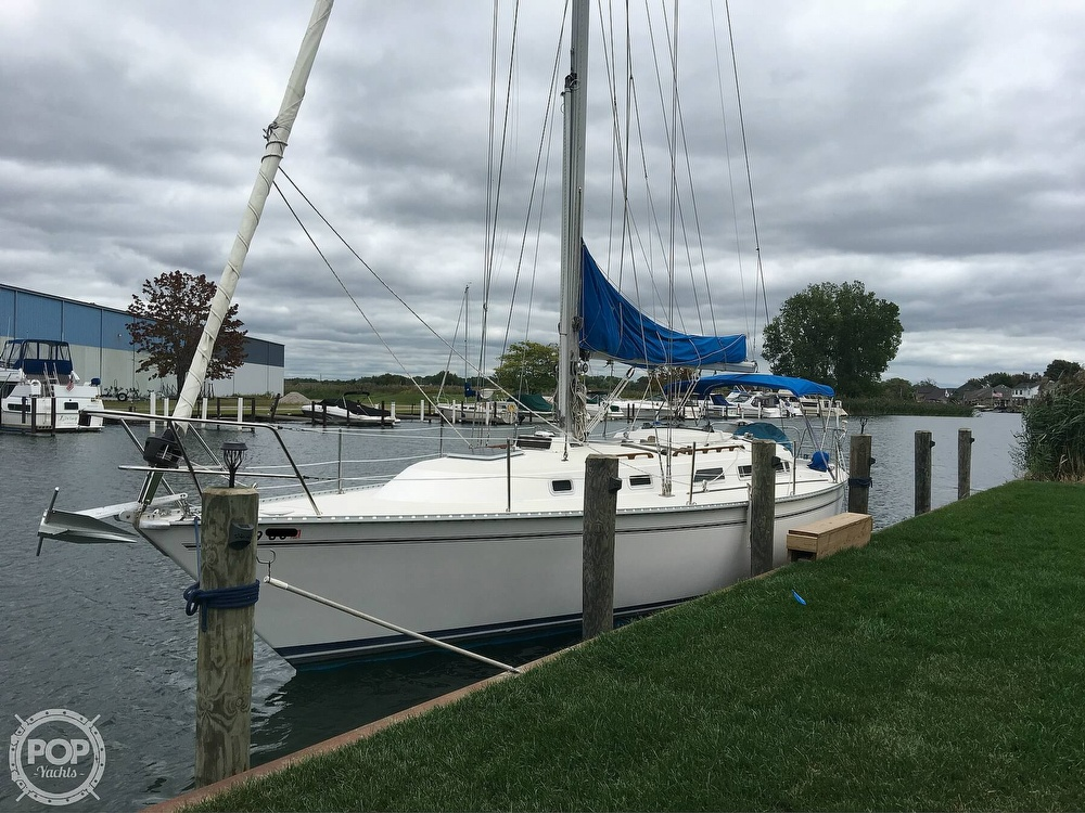 1986 Pearson boat for sale, model of the boat is 36-2 & Image # 16 of 40