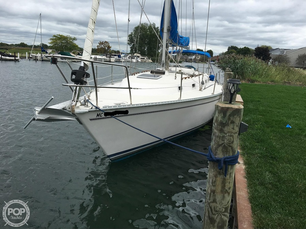 1986 Pearson boat for sale, model of the boat is 36-2 & Image # 17 of 40