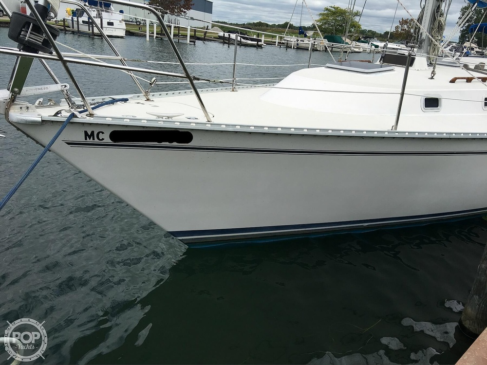 1986 Pearson boat for sale, model of the boat is 36-2 & Image # 19 of 40