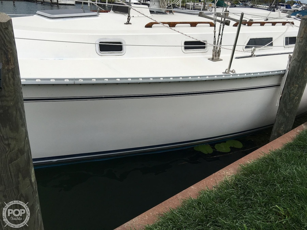 1986 Pearson boat for sale, model of the boat is 36-2 & Image # 20 of 40