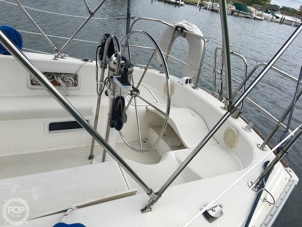1986 Pearson boat for sale, model of the boat is 36-2 & Image # 26 of 40