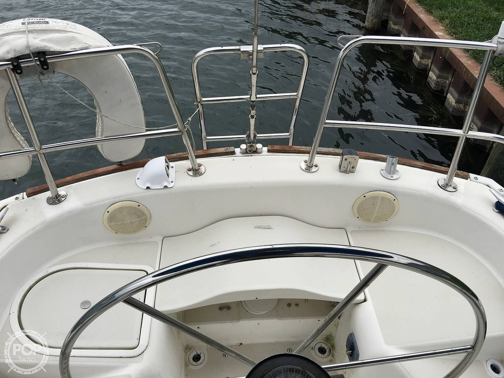 1986 Pearson boat for sale, model of the boat is 36-2 & Image # 38 of 40