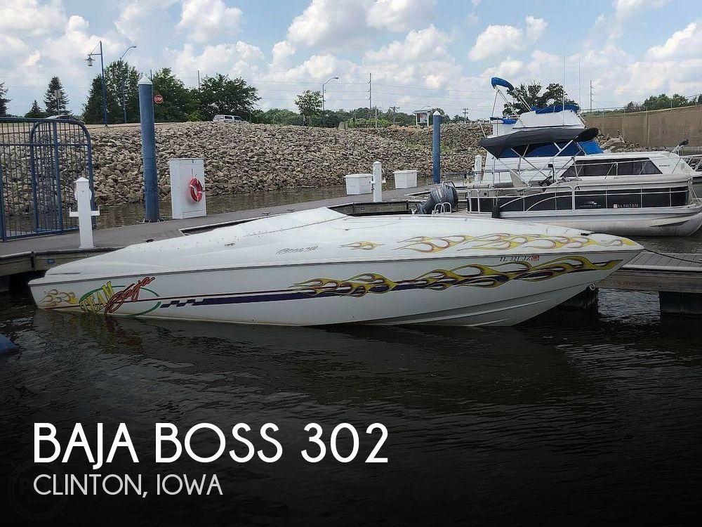 Used Boats For Sale in Davenport, Iowa by owner | 2000 Baja 302