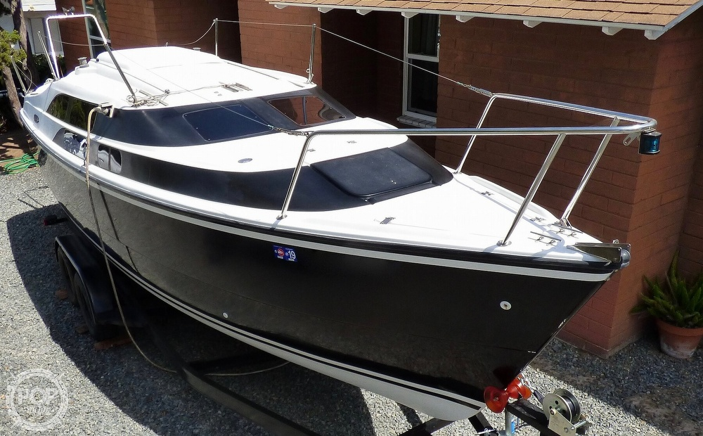 2012 Macgregor boat for sale, model of the boat is 26M & Image # 5 of 41