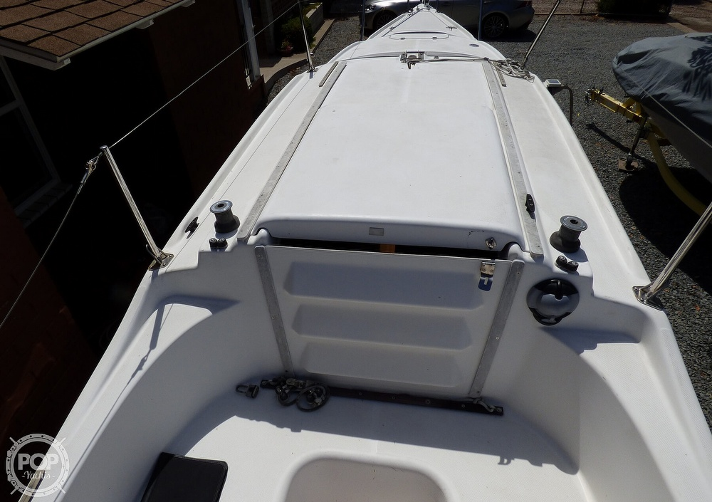 2012 Macgregor boat for sale, model of the boat is 26M & Image # 14 of 41