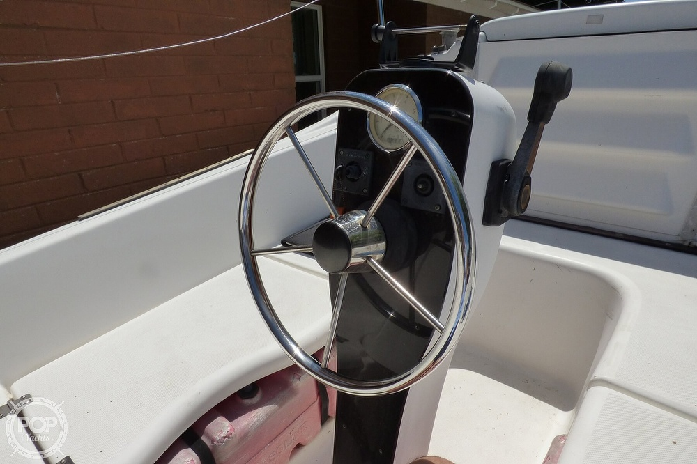 2012 Macgregor boat for sale, model of the boat is 26M & Image # 28 of 41