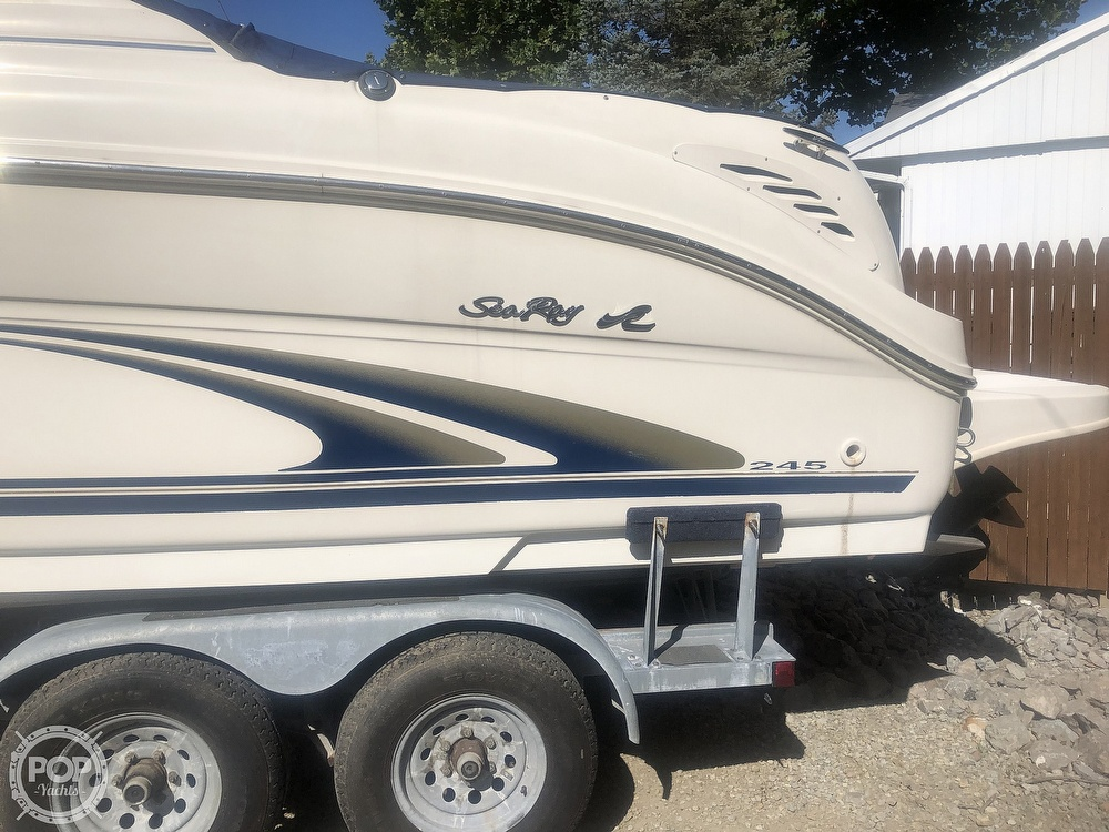 2001 Sea Ray boat for sale, model of the boat is Weekender 245 & Image # 8 of 40